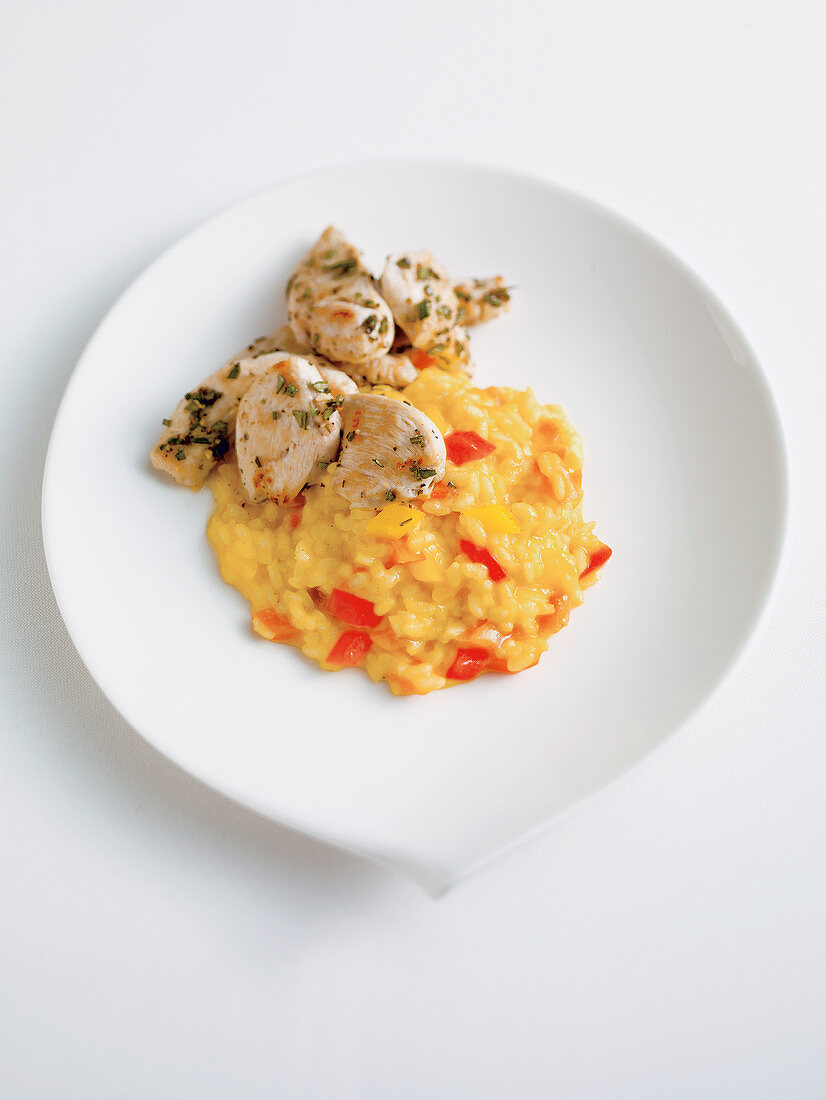 Risotto with red pepper and chicken