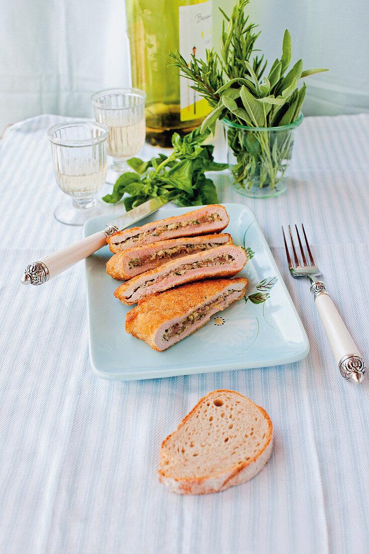 Cordon bleu 'Italia' – pork escalope filled with mozzarella