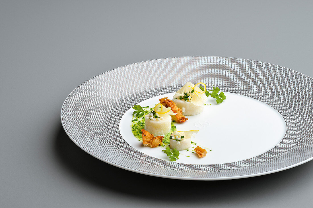 Variations of celeriac with lemon