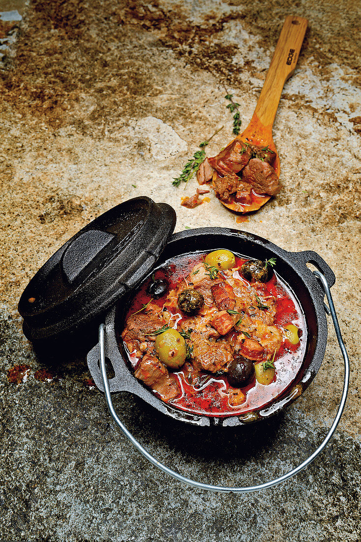 'Mount Ventoux' mixed stew made in a Dutch oven