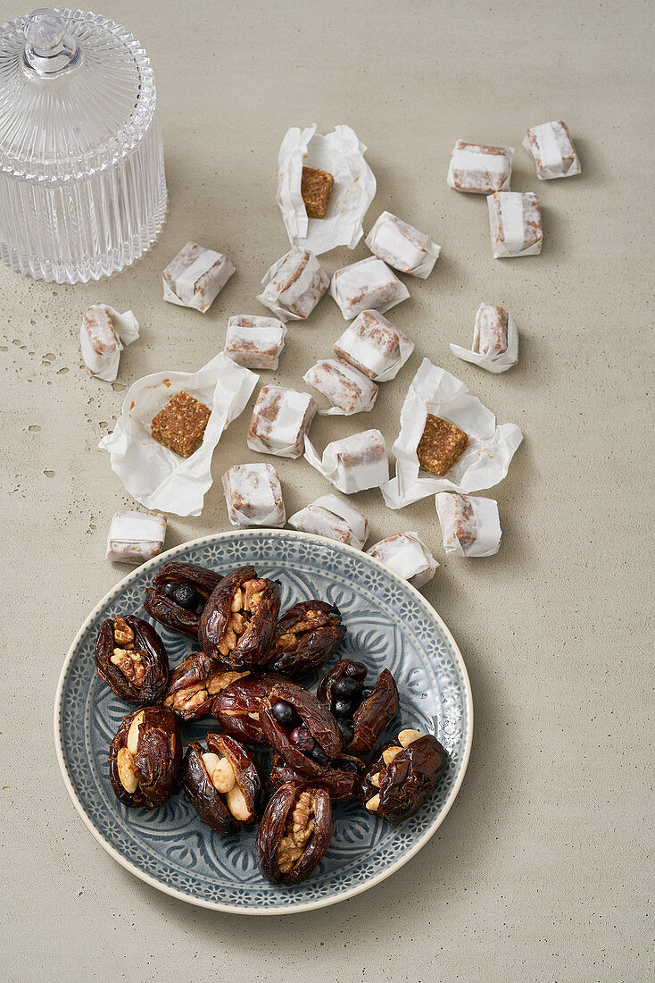 Tahini toffee and stuffed, baked dates
