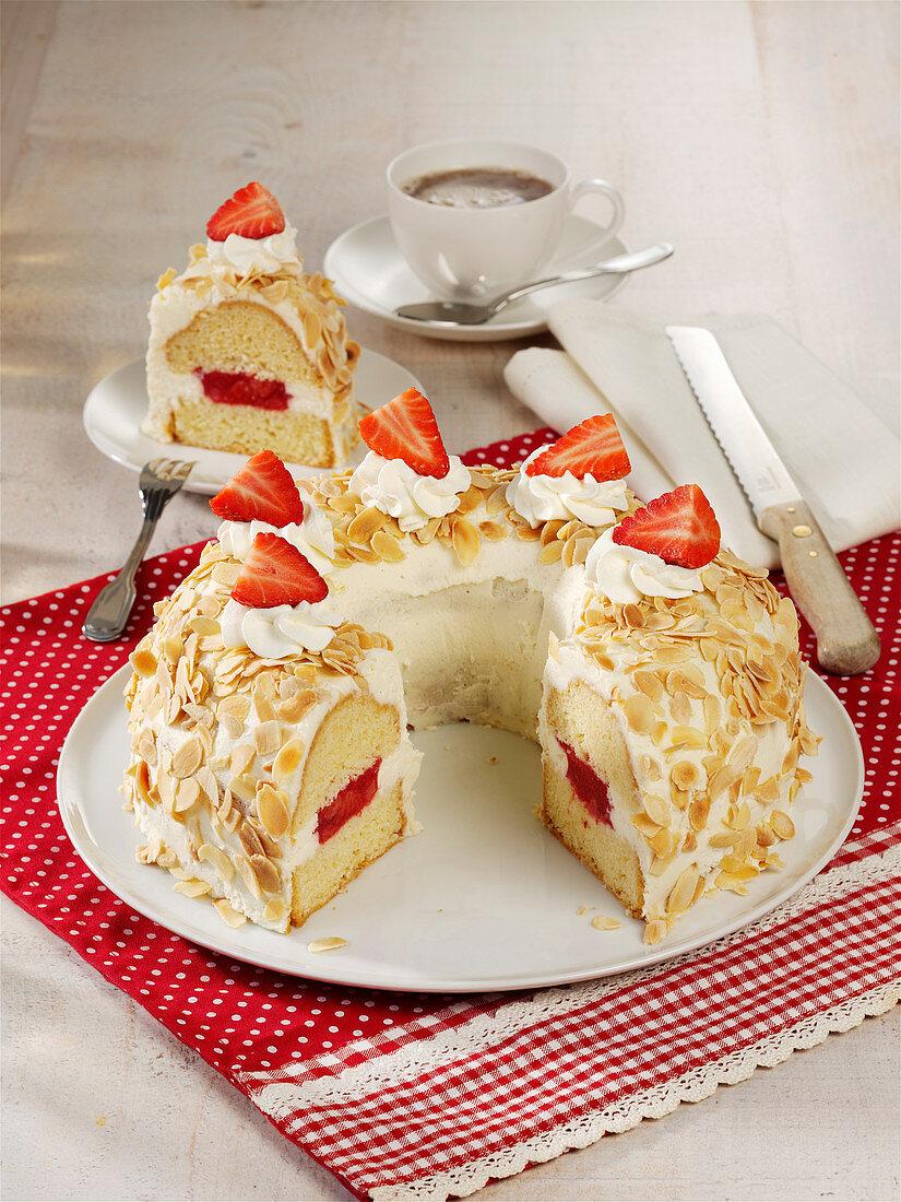Frankfurt crown cake with strawberries