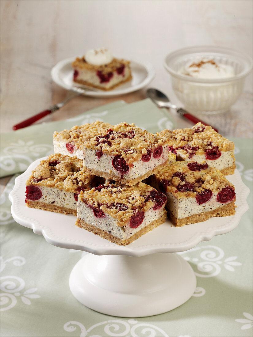 Streusel-Quark-Kuchen mit Kirschen