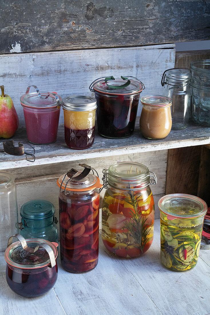 Preserved fruit and vegetables