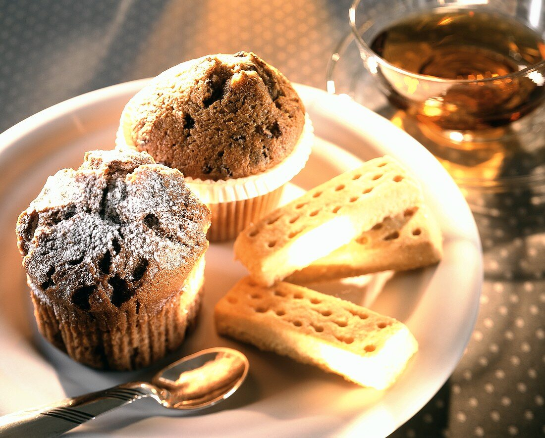 Teatime baking: shortbread and muffins