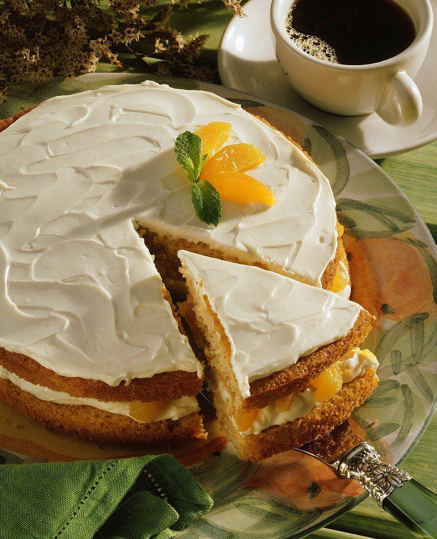 Apricot cream cheesecake