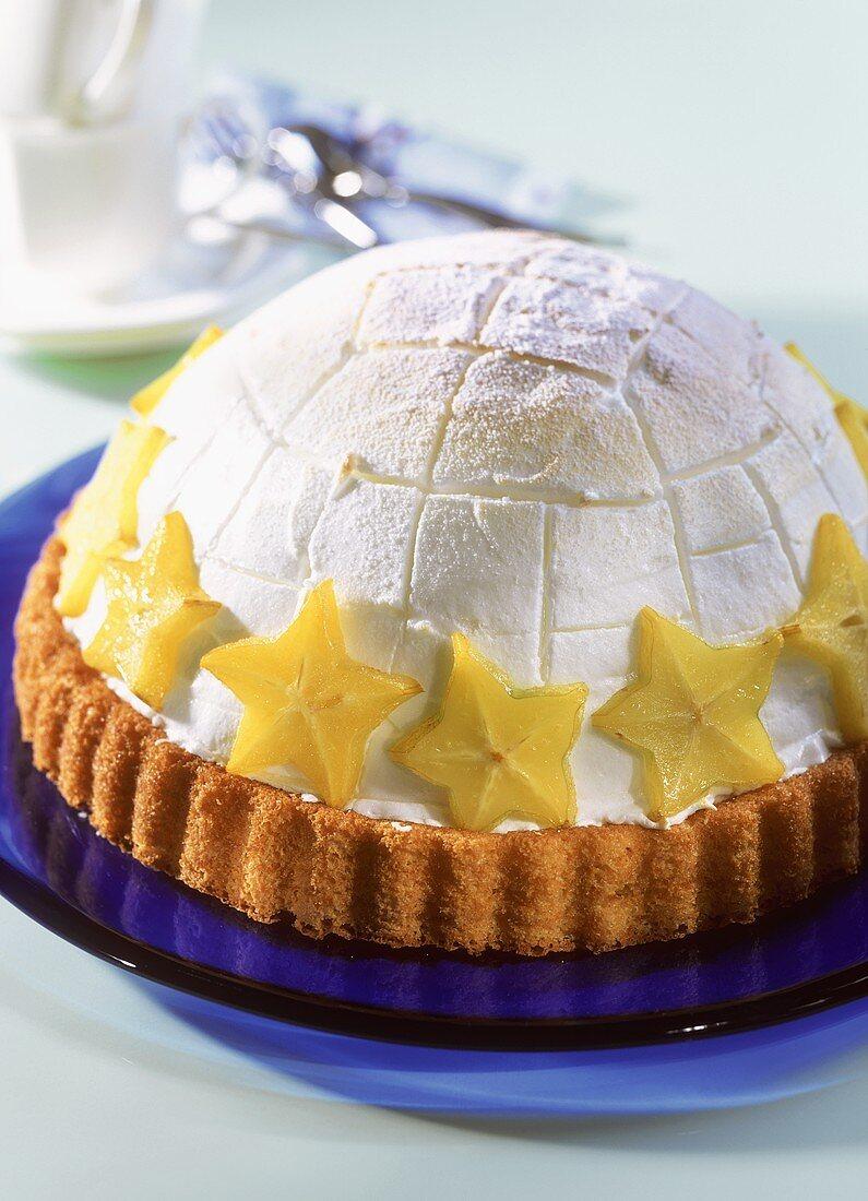 Sweet igloo (ice cream gateau with carambola)