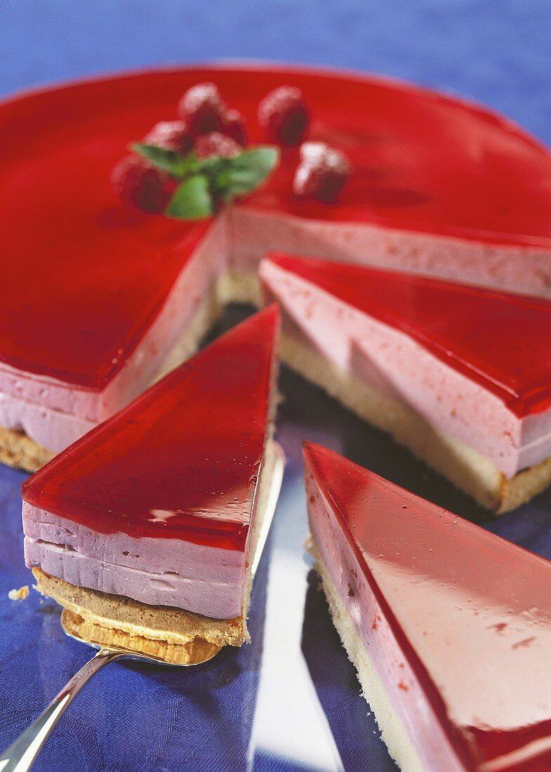Sunset cake (cake with pink fruit mousse)