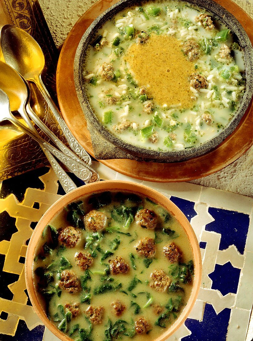 Selta & spinach soup with meatballs