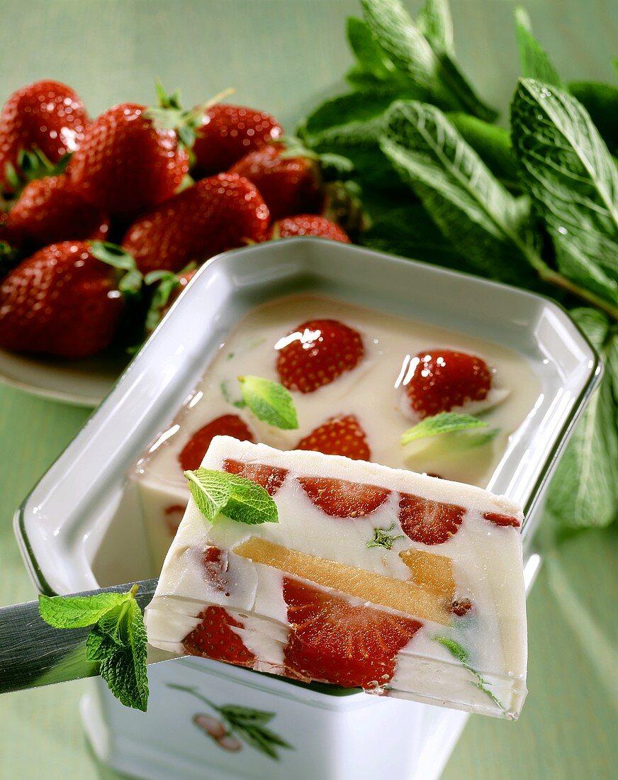 Strawberry and honeydew melon jelly