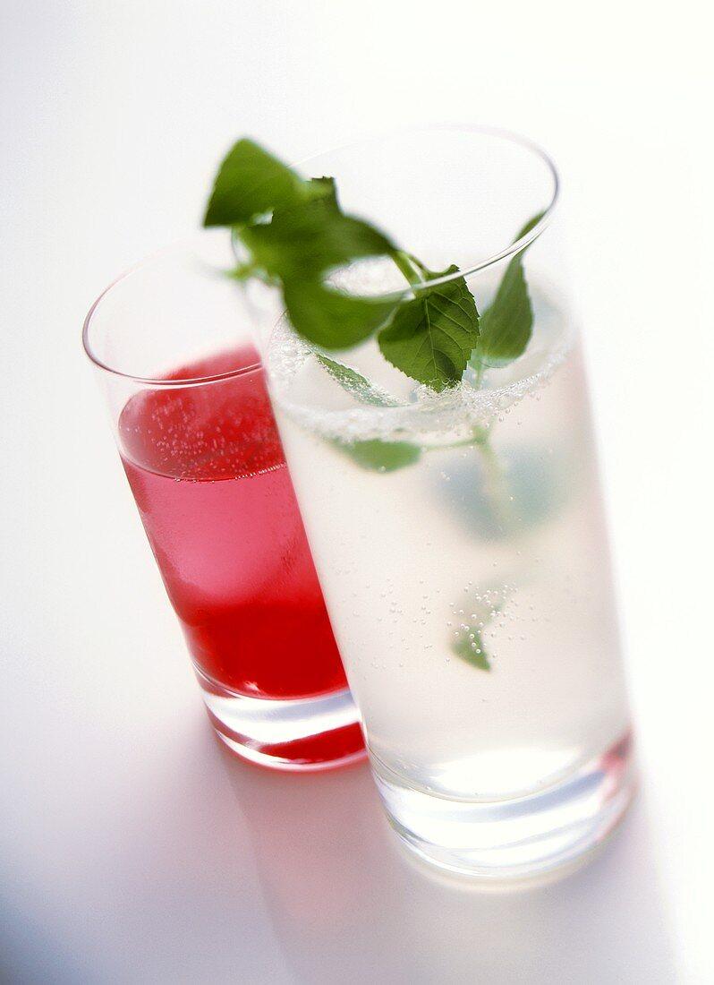 Two non-alcoholic cocktails: Lemon squash & Shirley Temple