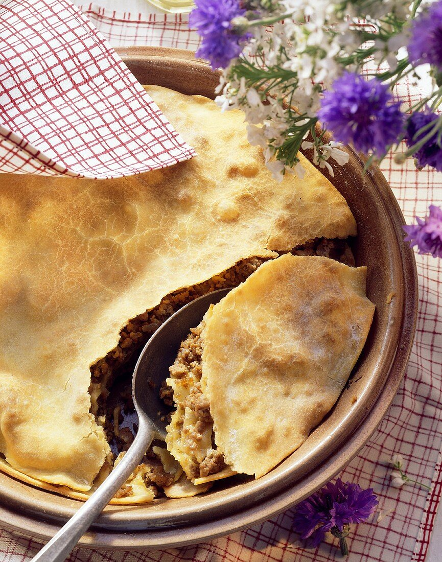 Burek: Bosnian dish with meat and strudel pastry