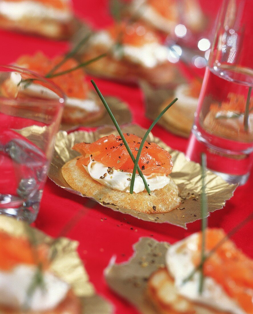 Buckwheat biscuits with cream cheese mousse and smoked salmon