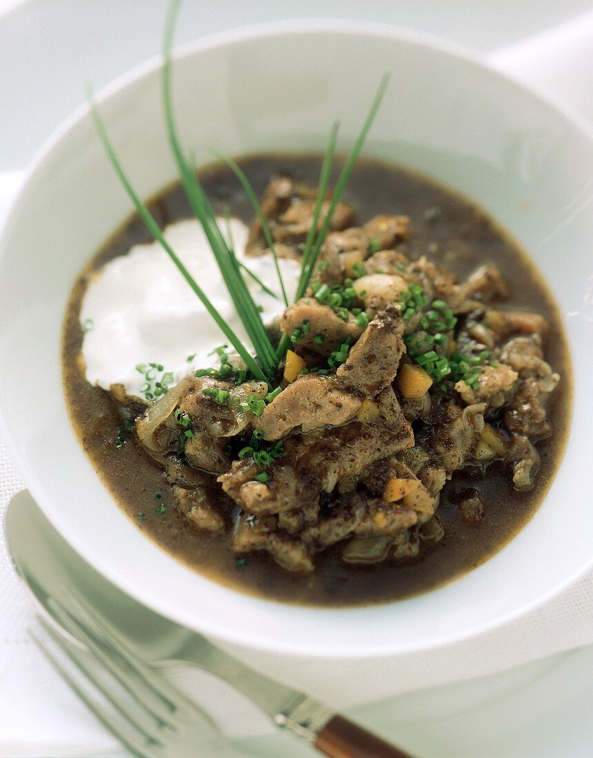 Pork stew with sour cream (from Rheinhessen-Pfalz)