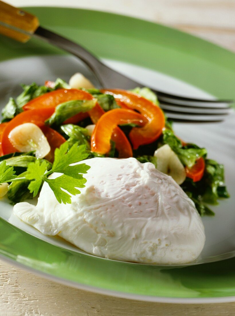 Poached egg with vegetables