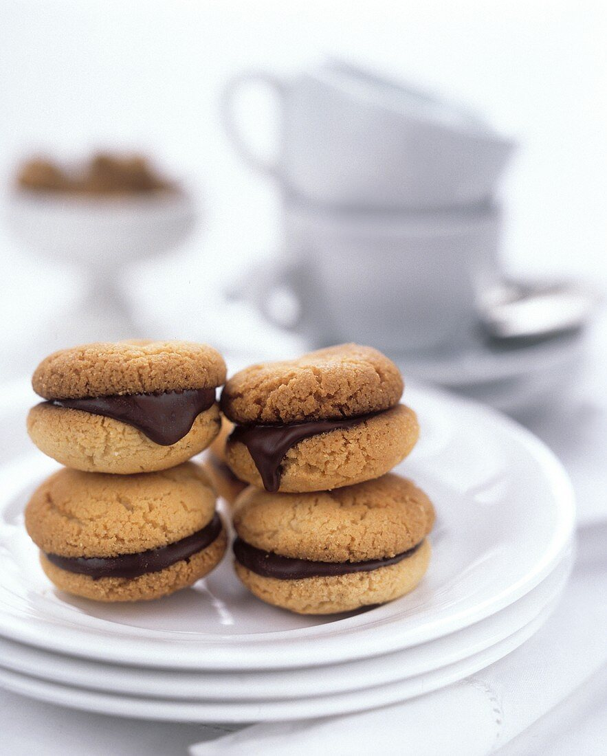 Almond biscuits with chocolate filling