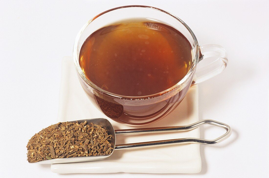 Valerian tea and root (Valeriana officinalis)