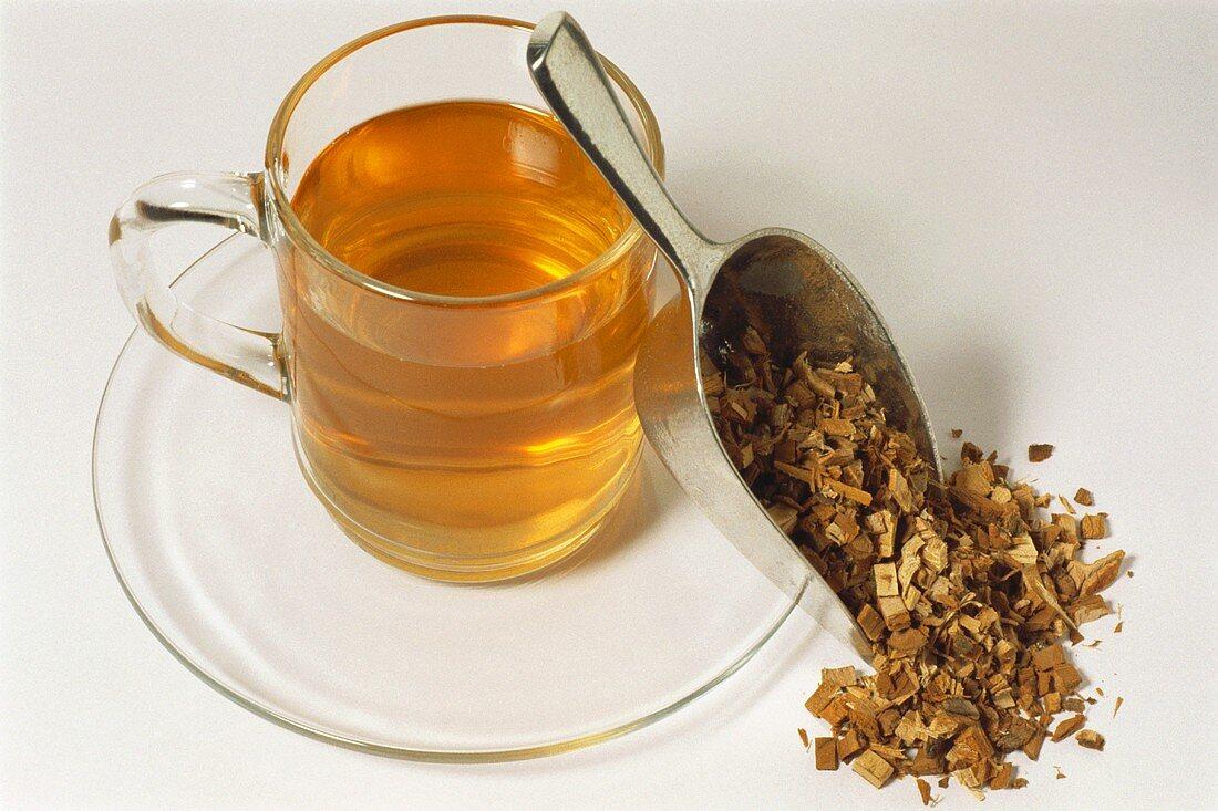 Elm bark tea (Ulmae cortex)