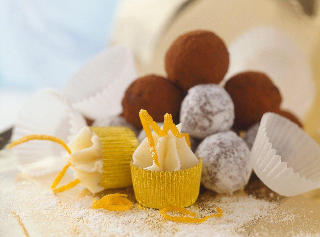Festive sweets: orange-, snow- and cocoa truffles