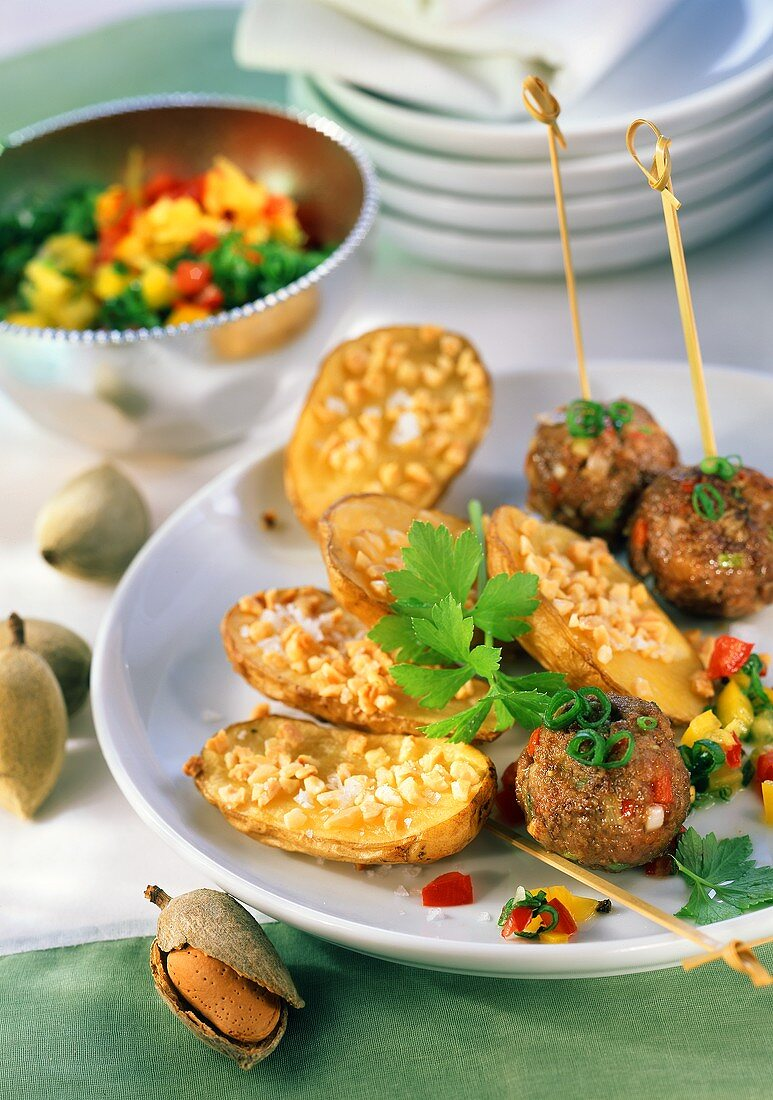 Almond potatoes with meatballs