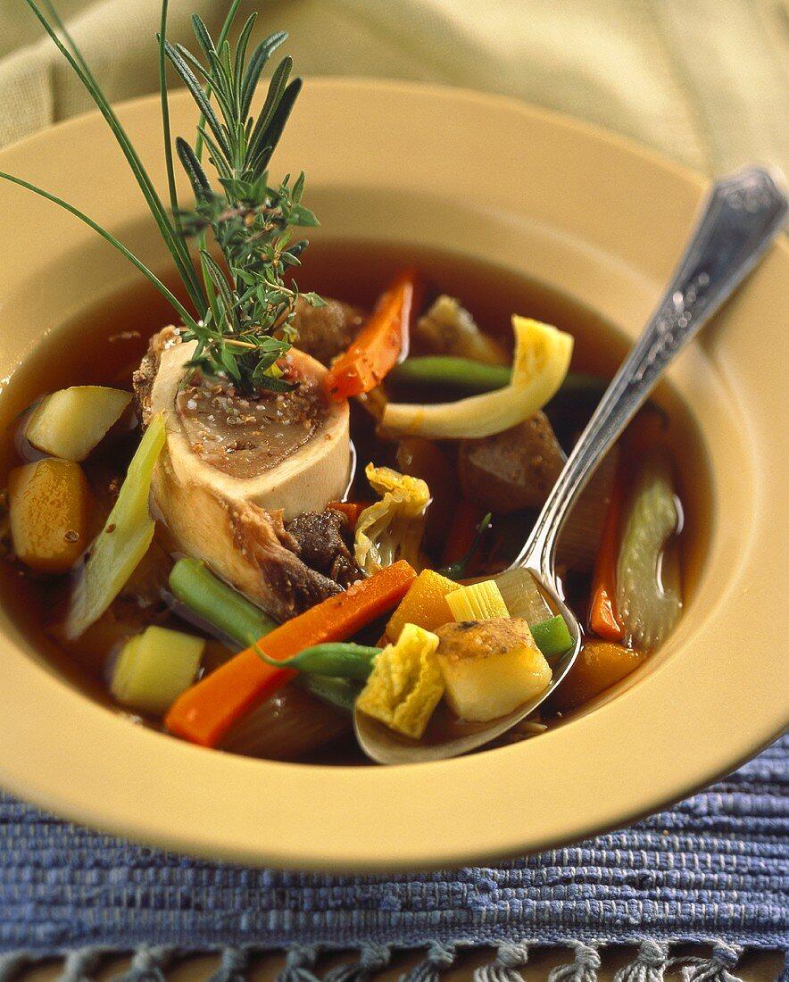 Potage rustique (vegetable soup with marrow bones, France)