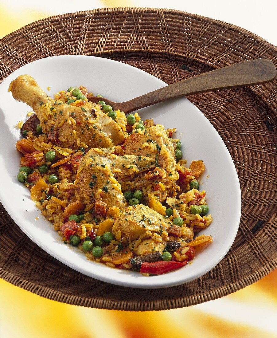 Pan-cooked chicken and rice (West African dish)