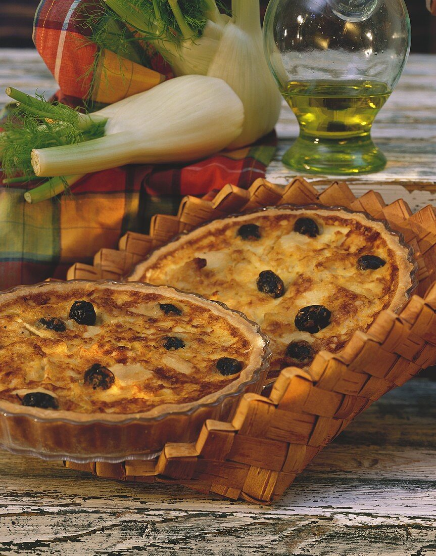 Turkey quiche with fennel and black olives
