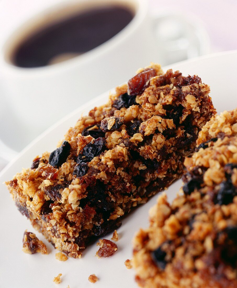 Homemade Granols Bar with Fruit