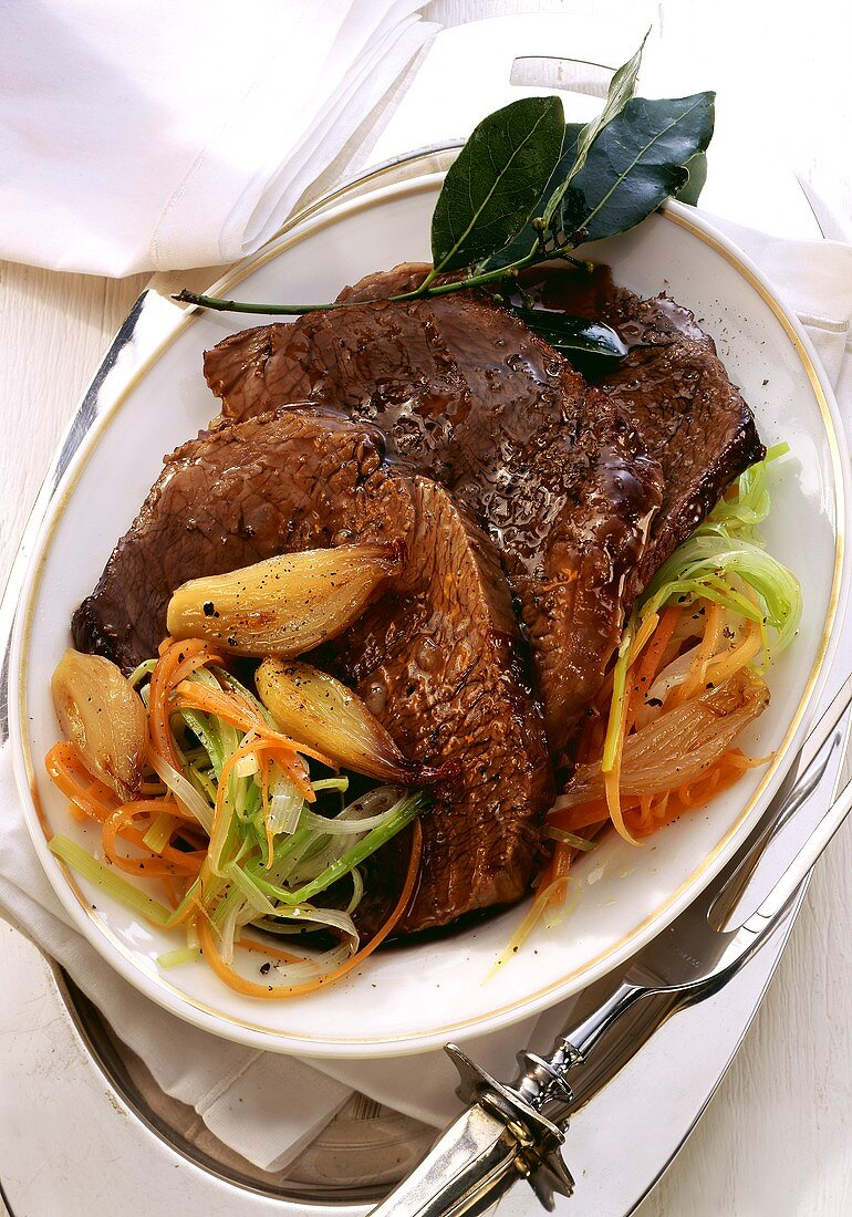 Boeuf a la Mode (beef with vegetables and onions)