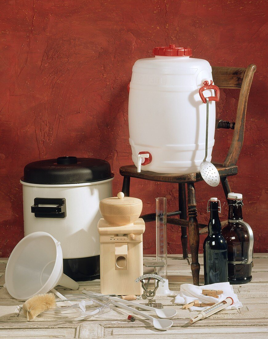 Equipment for brewing beer