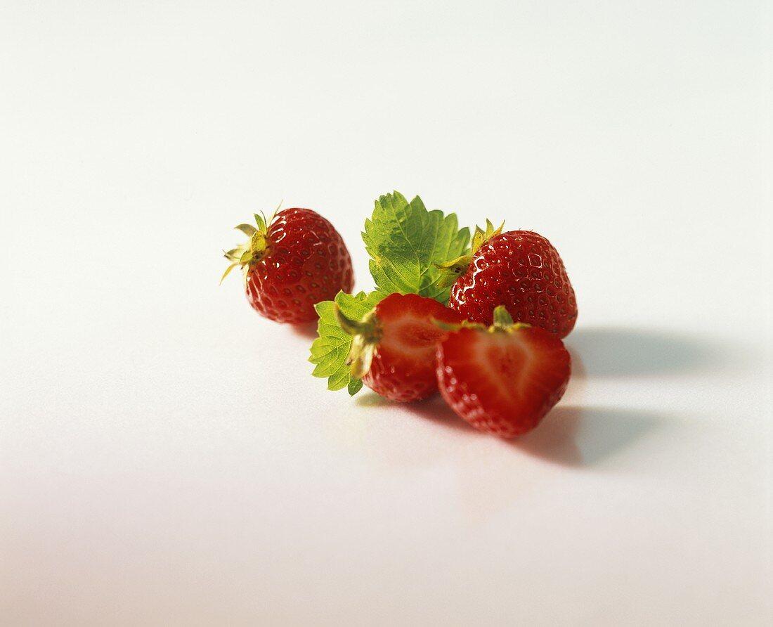 Fresh strawberries with leaf