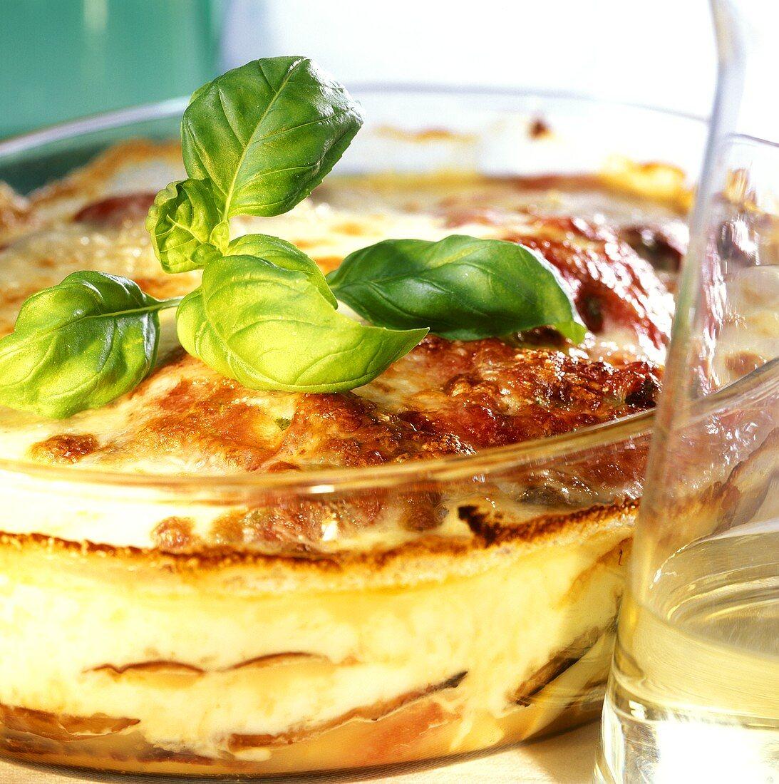 Parmigiana di melanzane (aubergine gratin with cheese, Italy)