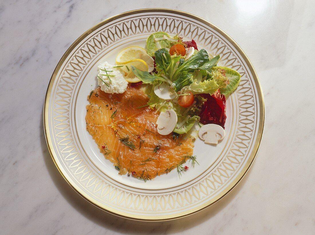 Gravad lax with mixed salad