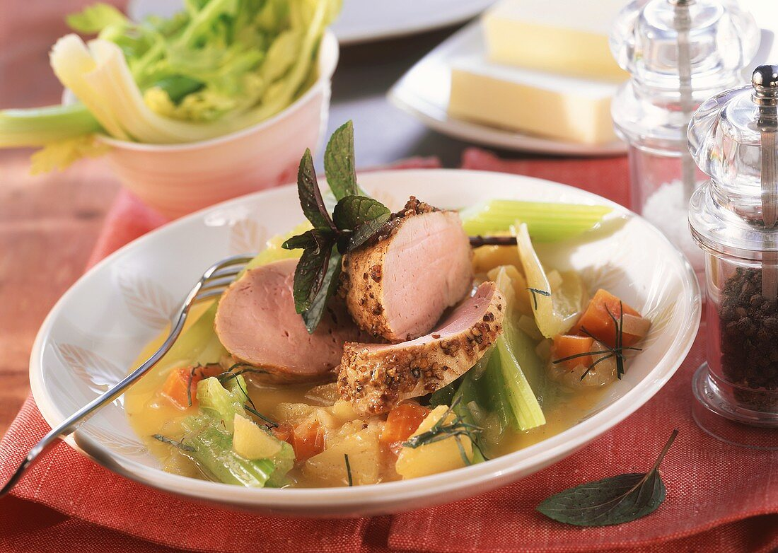 Pork fillet with apples and celery and new cider sauce