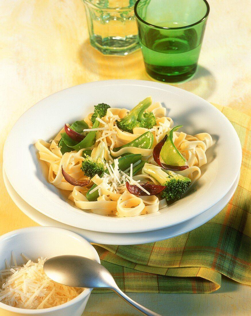 Tagliatelle with broccoli and mangetouts