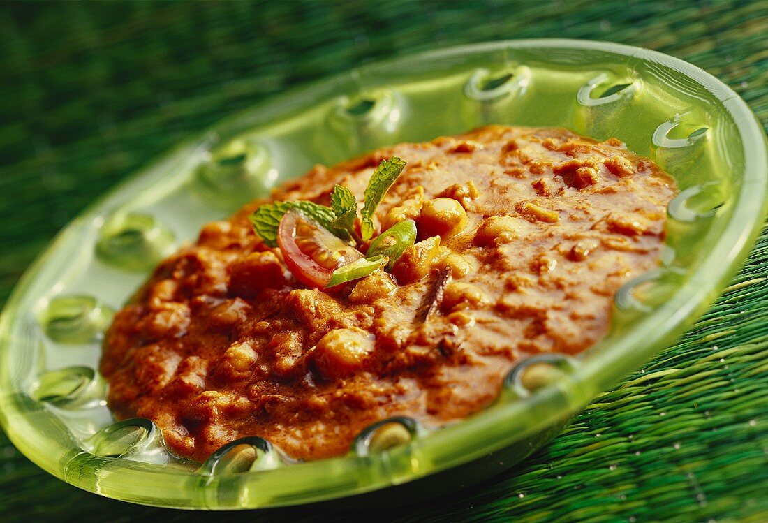 Panchratni dal (spicy lentil dish, India)