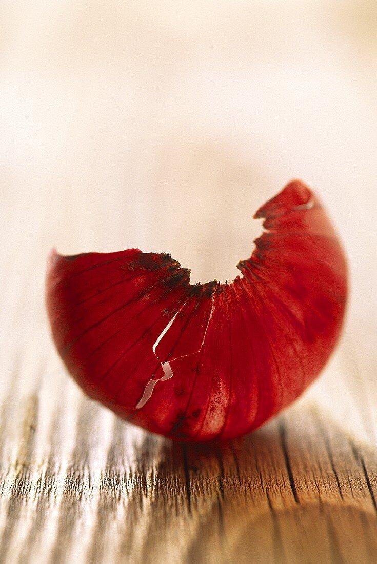 Red onion skin