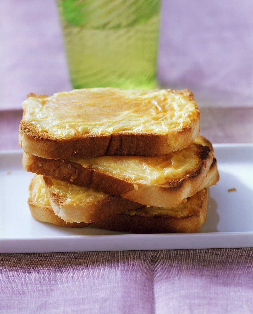 Welsh rarebit (cheese on toast with mustard)