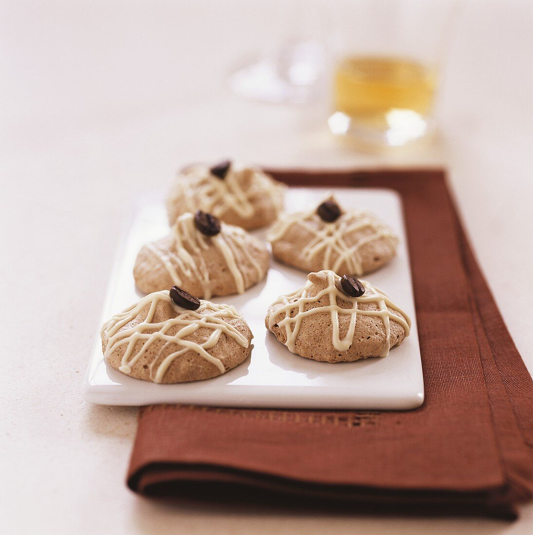 Coffee macaroons with mocha beans