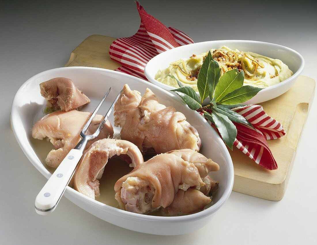 Snuten und Poten (Pork dish, Schleswig-Holstein)