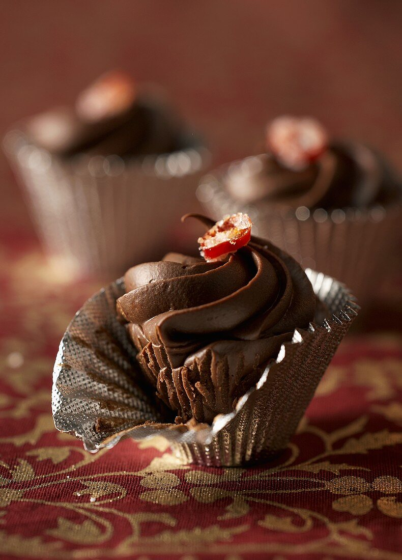Ganache truffles with chilli in sweet cases