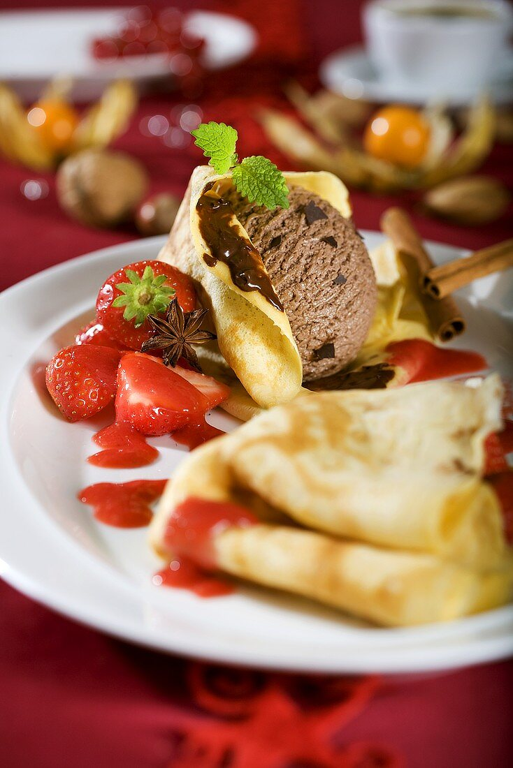Crêpes with chocolate ice cream & strawberries (Christmas)