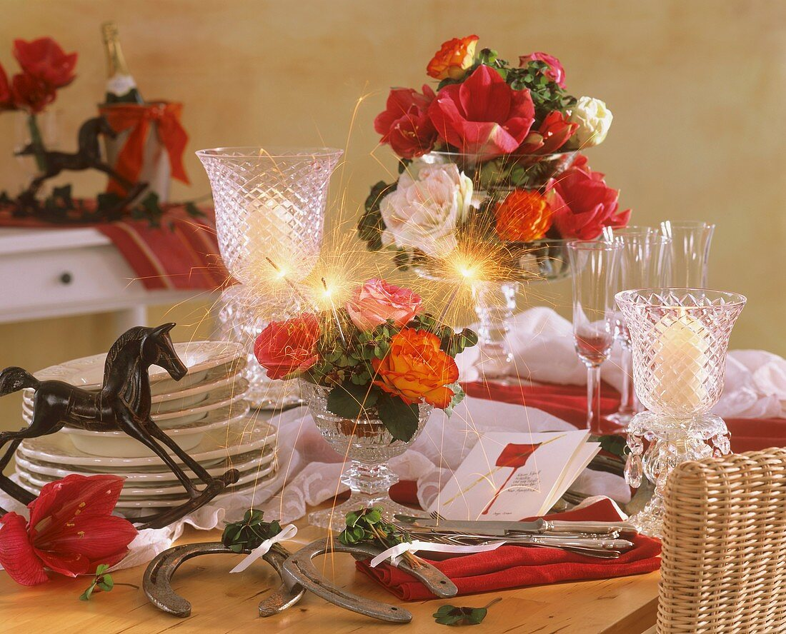 Amaryllis with roses & 4-leaf clover, horseshoe for New Year
