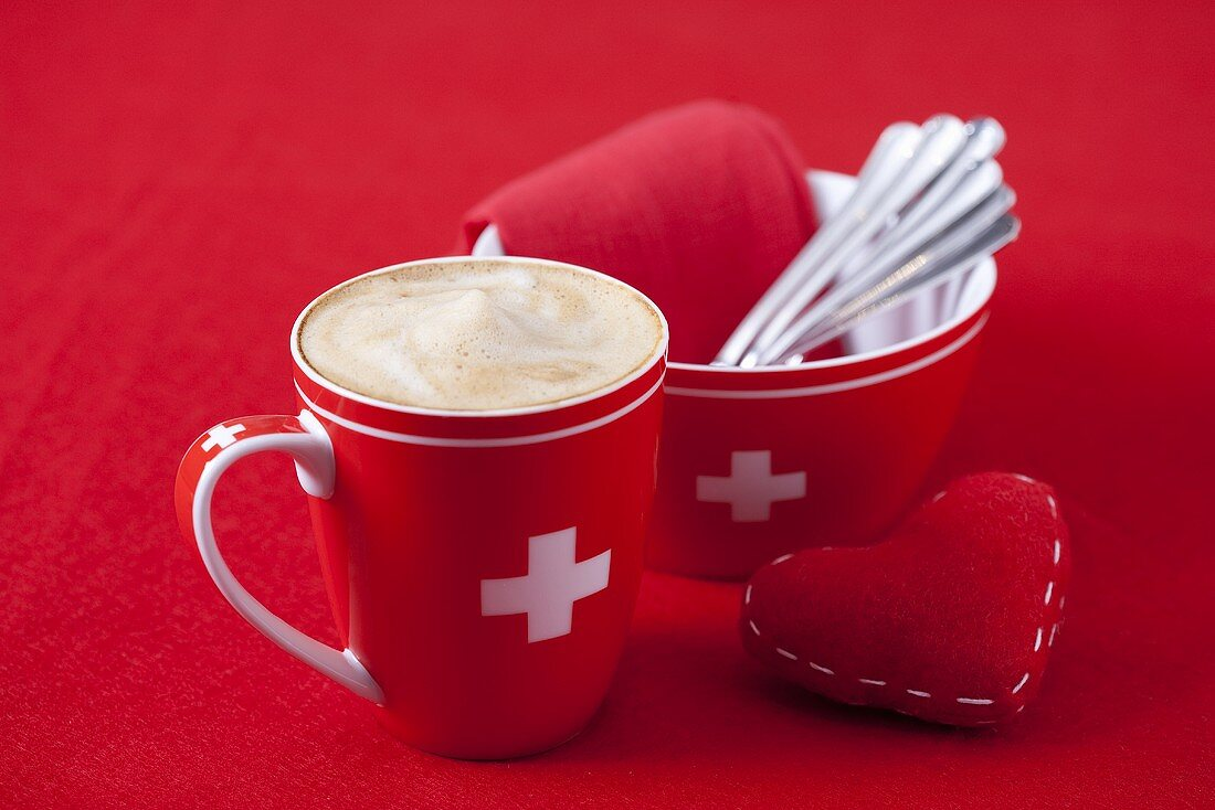 Schümlikaffee (Cafe creme) in Swiss cup
