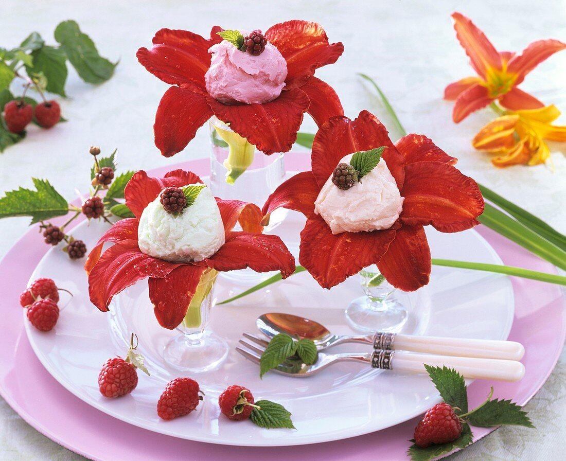 Day lily flowers with fruit quark, raspberries & blackberries