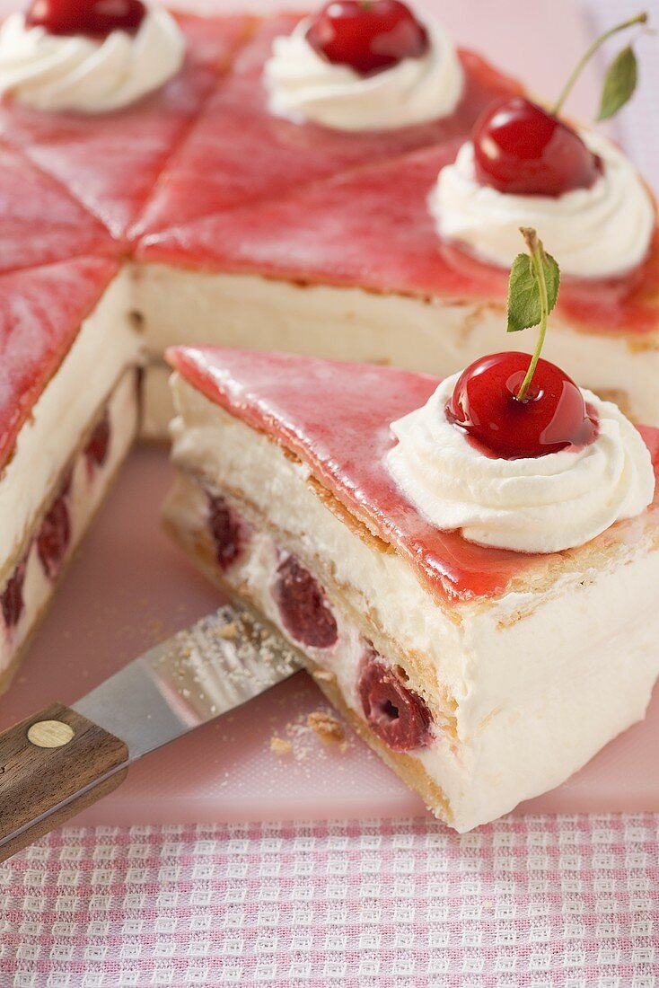 Holländer-Kirsch-Torte ('Dutch cherry cake')