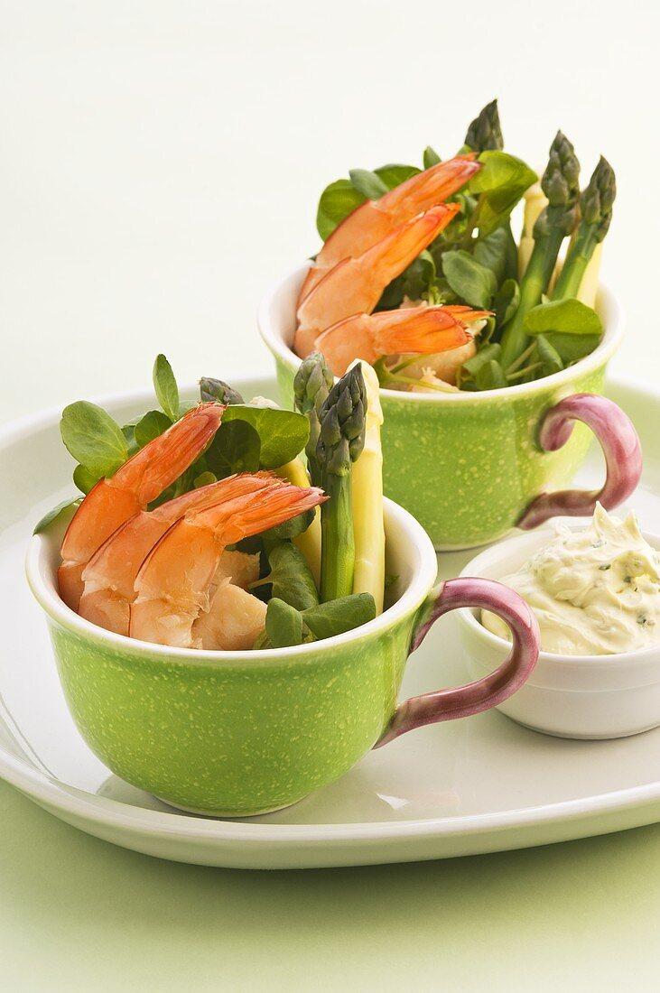 Asparagus salad with prawns