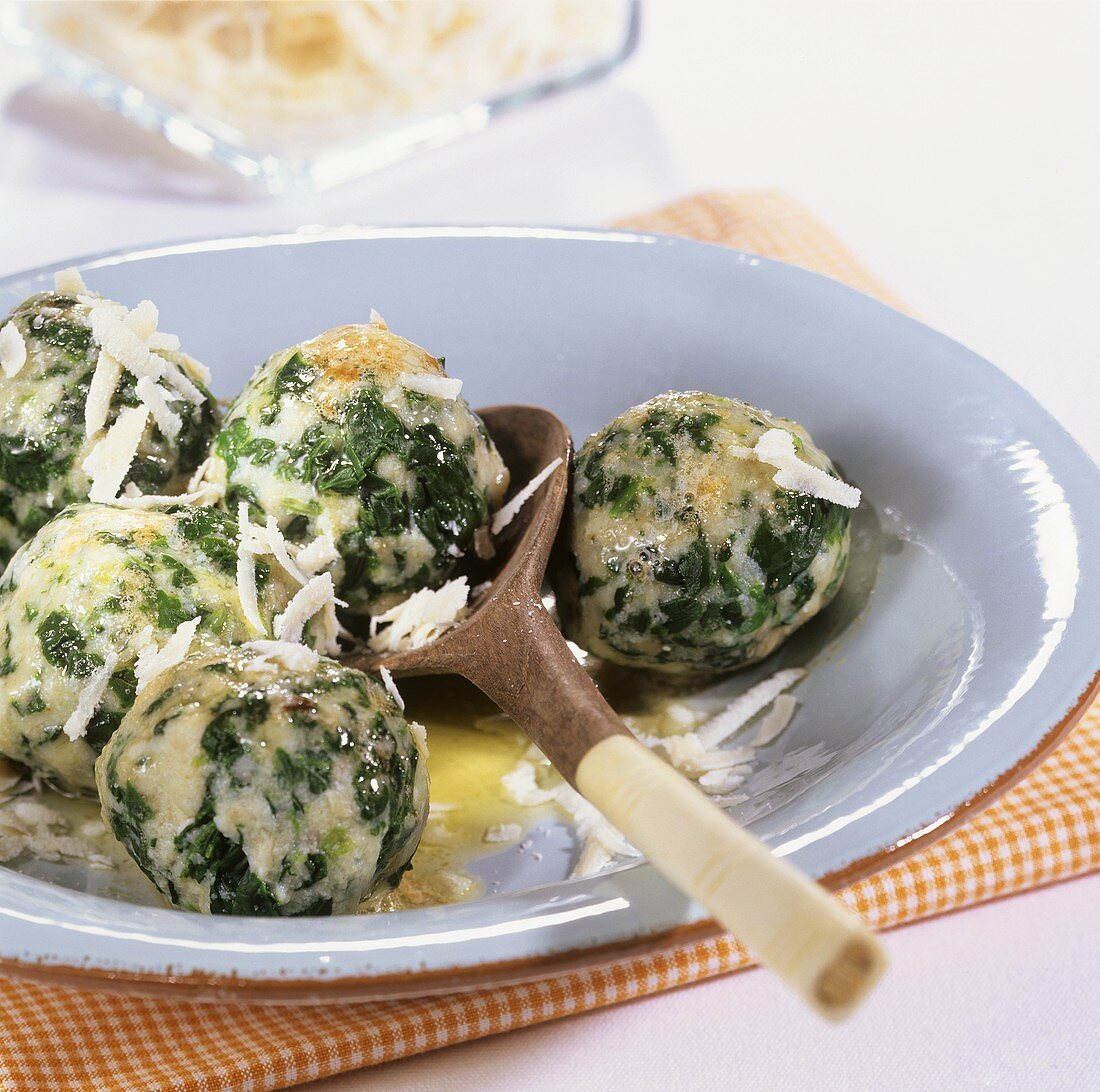 Canederli con gli spinaci (spinach dumplings), S. Tyrol, Italy
