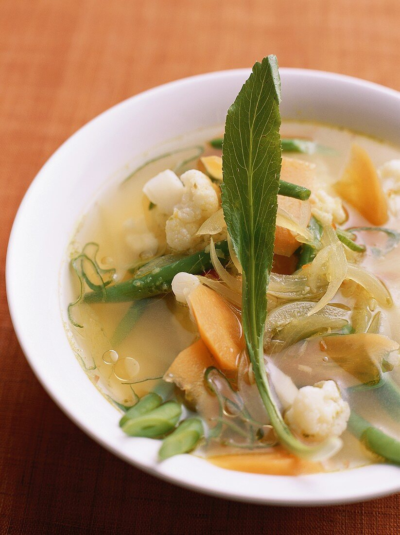 Canh rau (Gemüsesuppe, Vietnam)
