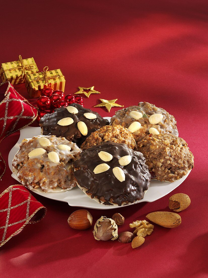 Elisen gingerbread with almonds